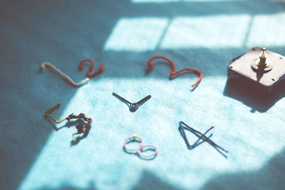 魔女の工作室<br>『おやつの時間の時計をつくろう』<br> in恵文社
